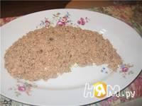 Приготовление слоеного салата из тунца: шаг 3