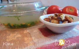 Куриный бульон с сухариками по-быстренькому