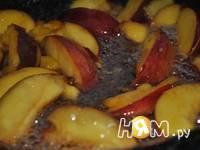 Приготовление кекса с  нектаринами: шаг 2