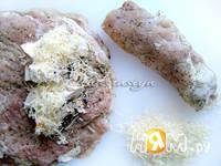 Приготовление свиных рулетиков под соусом: шаг 3