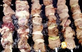 Шашлык из свинины в пряном маринаде