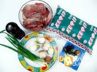 Приготовление шашлыка из свинины в кефире: шаг 1