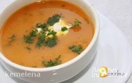 Морковный суп-пюре с кориандром