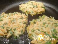 Приготовление марковно-картофельных оладушек: шаг 3
