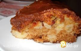 Нежный яблочный пирог с коричной пропиткой