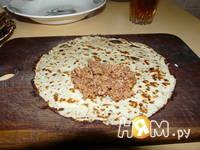 Приготовление блинчиков с мясом: шаг 4
