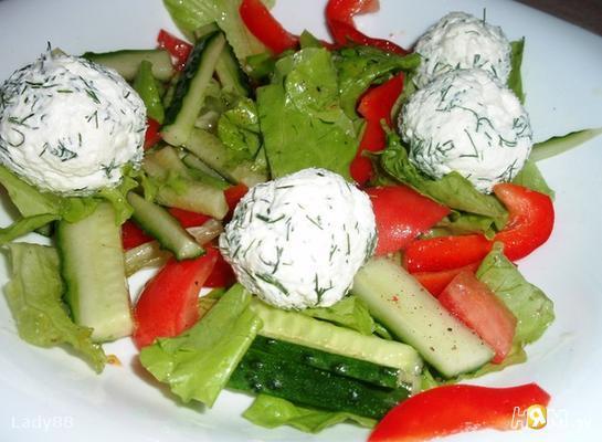 Рецепт Овощной салатик с шариками