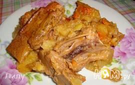Тушеный картофель со свиными ребрышками в сметане