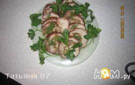 Мясной рулет с грибами
