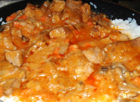 Рецепт Свинина тушеная с грибами