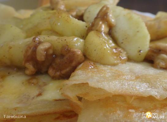 Рецепт Миндальные блины с карамелизированными яблоками