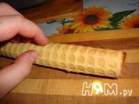 Приготовление вафельных трубочек: шаг 8