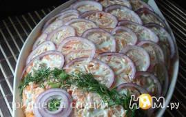 Новогодний салат с красной рыбой,рисом и овощами