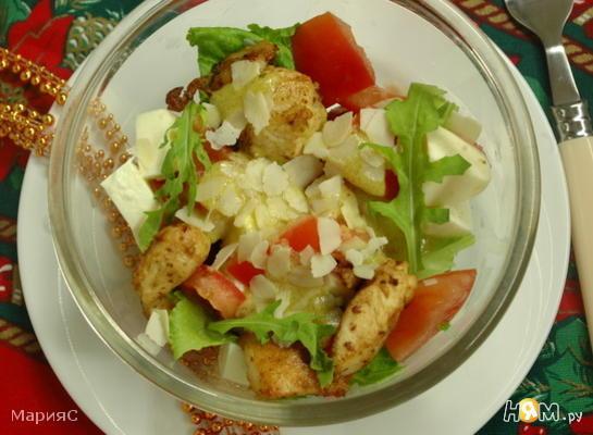 Рецепт Салат из куриного филе с помидорами
