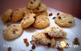 Овсяно-кокосовое печенье с изюмом