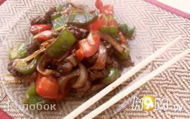 Куриные сердечки с овощами по-китайски