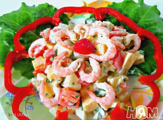 Рецепт Салат с креветками и ананасом
