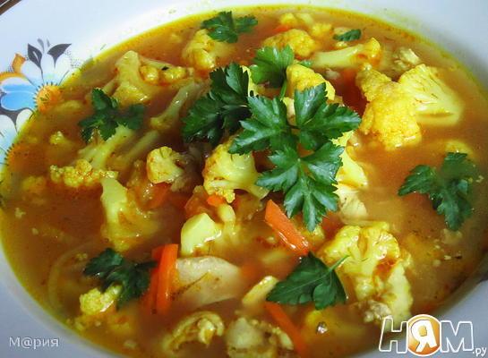 Суп с цветной капустой и сельдереем