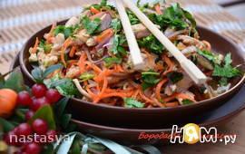 Салат с курицей по корейски