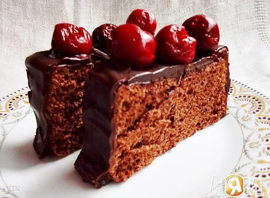 Глазированный шоколадный бисквит на белках