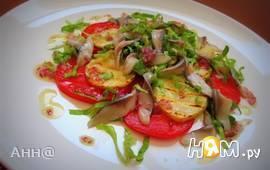 Салат с сельдью и картофелем под луковым соусом
