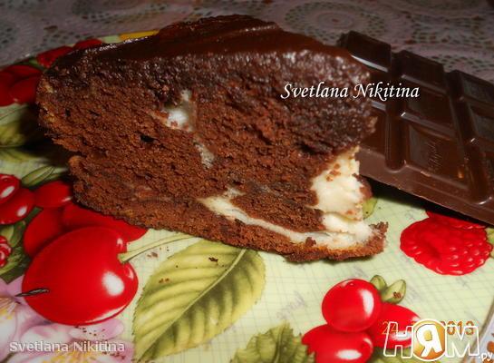 Шоколадный пирог с помадкой