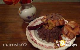 Паштет с вялеными томатами и изюмом (по-чешски)