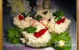 Сырный салатик на ананасе