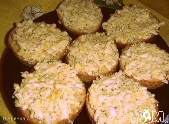 Бутерброд с сырком и яйцом