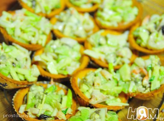 Рецепт Тарталетки с салатом из кальмаров