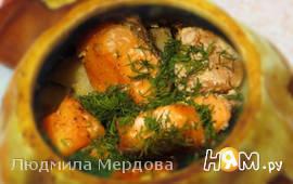 Форель с картошкой и грибами в горшочках