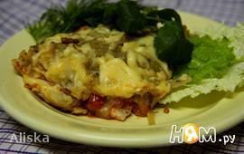 Курица под тертым картофелем