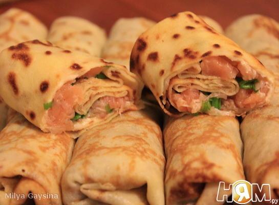Рецепт Фаршированные блинчики с семгой и плавленным сыром