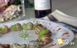 Улитки в чесночном соусе