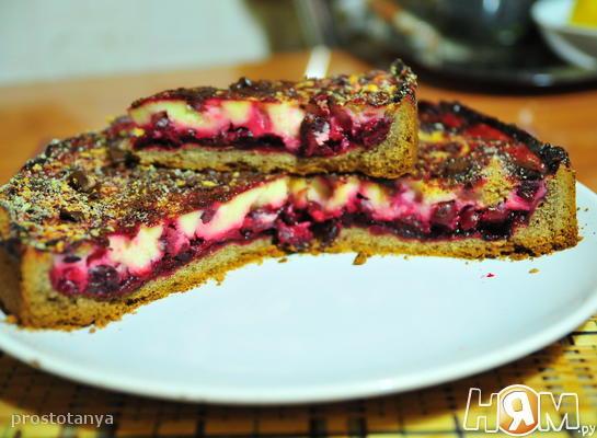 Вишнёвый пирог со сметанной заливкой