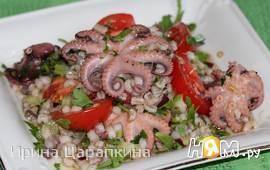 Салат из перловки с осьминожками