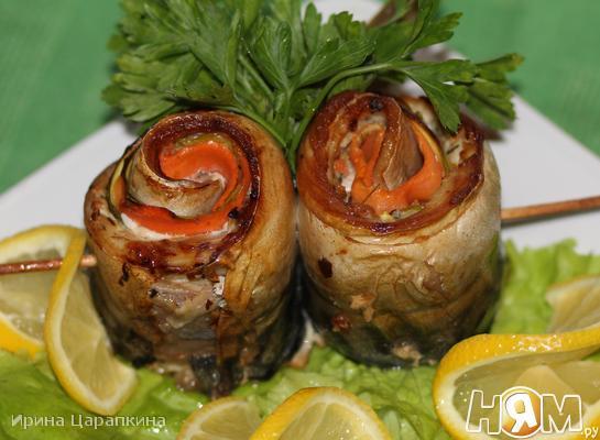 Рецепт Рулетики из скумбрии с цукини и морковкой