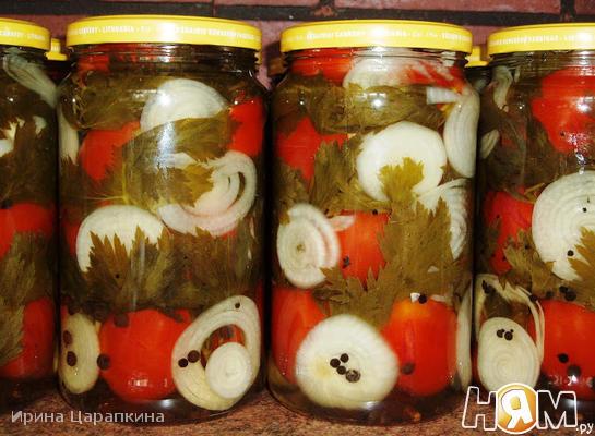 Маринованные помидоры с сельдереем и луком