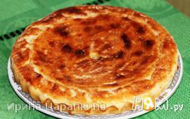 Пирог с курицей и соусом бешамель на пресном тесте