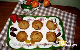 Кексы постные из авокадо с финиками