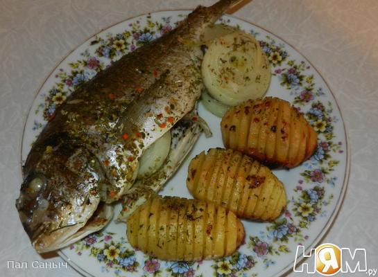 Дорада с запеченым картофелем