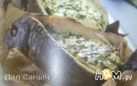 Дорада, фаршированная шпинатом и сыром