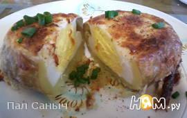Гусиные яйца в картофельных лодочках