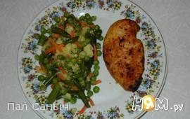 Куриные грудки в маринаде с овощами по-болонски