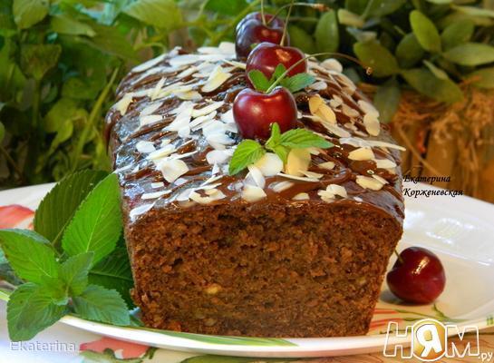 Кекс с шоколадом и красным вином