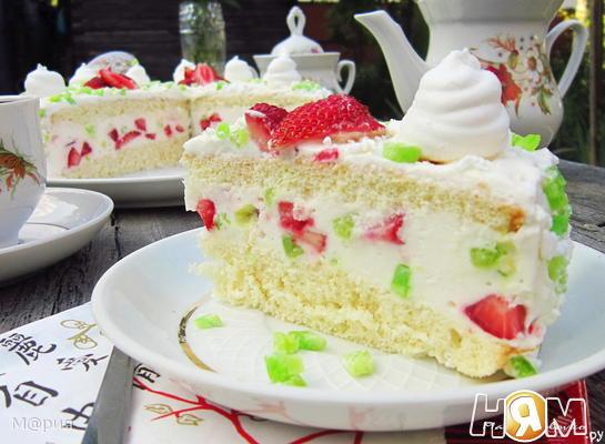 """Воздушный торт """"Клубника"""""""