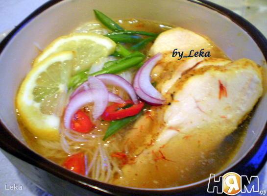 """Вьетнамский суп """" Фо"""" с курицей"""