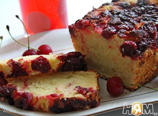 Рецепт Кокосовый кекс с вишней