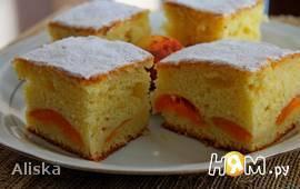 Абрикосовый пирог с коньяком