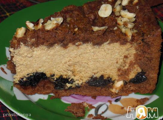 Шоколадный творожный пирог с черносливом